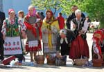 Pictures of Ukraine - traditional dress, people, Easter celebration, Kyiv (Kiev)